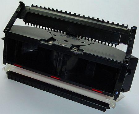 Робот пылесос Xrobot Virage, раздельный сбор крупного мусора и пыли